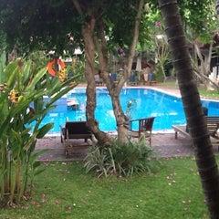 Photo taken at Sari Beach Hotel Bali by Nuno H. on 10/28/2011