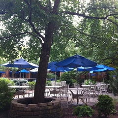 Photo taken at Hilton Parsippany by Louis D. on 7/29/2011