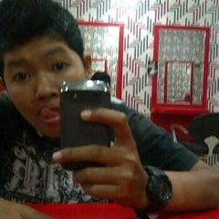 Photo taken at Fendri Salon by Raden A. on 1/15/2012