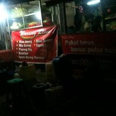 Photo taken at Warung Lewi by Muhammad H. on 10/20/2011