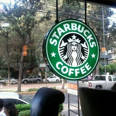 Photo taken at Starbucks by Bibiana N. on 8/17/2011