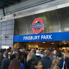 Photo taken at Finsbury Park Railway Station (FPK) by Quaco C. on 11/10/2011