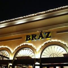 Photo taken at Bráz Pizzaria by Luis C. on 11/12/2011