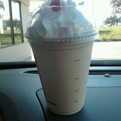 Photo taken at Jack in the Box by Lori C. on 11/17/2011