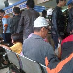 Photo taken at Samsat Bandung Barat by pey's g. on 8/8/2012