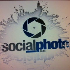 Photo taken at Social-Photo by Cesar B. on 2/28/2012
