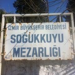 Photo taken at Soğukkuyu Mezarlığı by ƘǾℜℌÅℕ ƧÅℌℑℕ on 3/23/2012