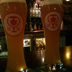 Photo taken at Tigín Irish Pub and Restaurant by Dan P. on 9/9/2012