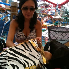 Photo taken at 오션월드 (Ocean World) by Ahyoun L. on 7/17/2011