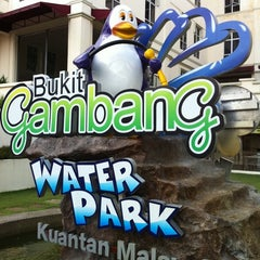 Photo taken at Bukit Gambang Water Park by Leo C. on 3/20/2011
