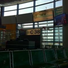 Photo taken at Gate C38 by edosk on 8/28/2011