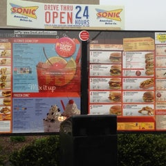 Photo taken at SONIC Drive In by Craig S. on 4/1/2012