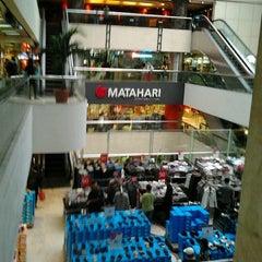Photo taken at Gajah Mada Plaza by Ferdi F. on 1/21/2012