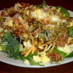 Photo taken at Ruby Tuesday by Kaye R. on 3/22/2012