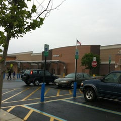 Photo taken at Walmart Supercenter by Vahid O. on 4/28/2012