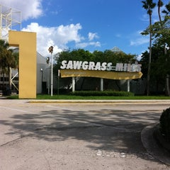 Photo taken at Sawgrass Mills by Min Hee J. on 10/5/2011