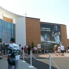 Photo taken at Pro Football Hall of Fame by Jeff T. on 8/4/2012