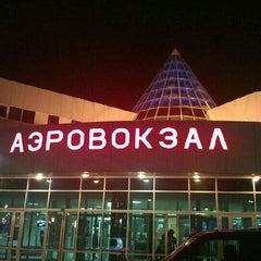 Photo taken at Международный аэропорт Ханты-Мансийск / Khanty-Mansiysk International Airport (HMA) by Сергей С. on 3/14/2012