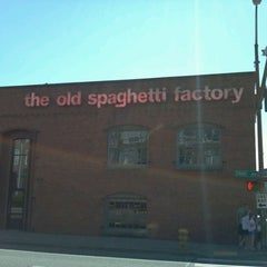 Photo taken at The Old Spaghetti Factory by Oasis C. on 8/11/2012