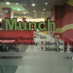 Photo taken at Munch (Canteen 1) by Bentohbox on 5/10/2011