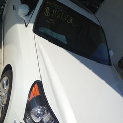 Photo taken at South Point Hyundai by Enrique R. on 9/8/2012