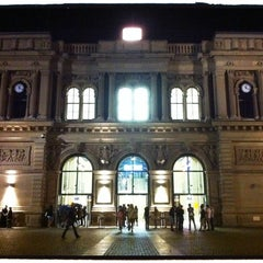 Photo taken at Mainz Hauptbahnhof by Pedro M. on 8/26/2011