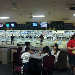 Photo taken at Kearny Mesa Bowl by Jasmine G. on 9/17/2011