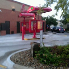 Photo taken at Chick-fil-A by Harlin H. on 6/8/2012