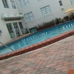 Photo taken at Poolside @ Carlton Hotel by Nata S. on 9/20/2011