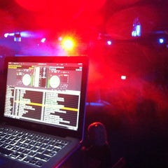 Photo taken at HEAT Night Club by [RAPH]AEL™ on iHeartRadio on 3/4/2012
