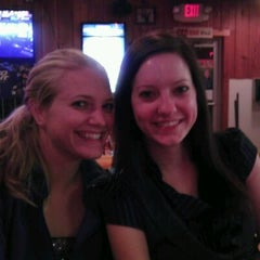 Photo taken at Hooters by Matt L. on 10/16/2011