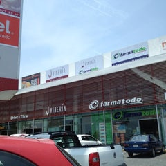 Photo taken at Santa Fé Punto Comercial by TSP C. on 4/18/2012