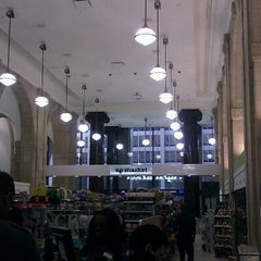 Photo taken at Duane Reade by Edwin G. on 2/6/2012