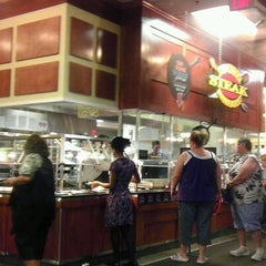 Photo taken at Golden Corral by Michael H. on 8/14/2011