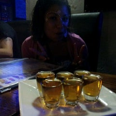 Photo taken at Inside Sports Lounge by Liall J. on 1/28/2012
