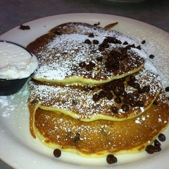 Photo taken at The Original Pancake House by Julinho N. on 6/12/2011