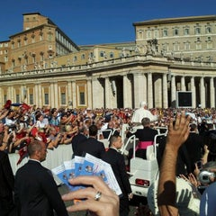 Photo taken at Città del Vaticano by Jascin C. on 10/5/2011