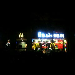 Photo taken at McDonald's by Uday K. on 12/30/2011