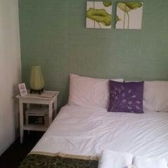 Photo taken at Padi Madi Guesthouse by Charlotte J. on 9/10/2012