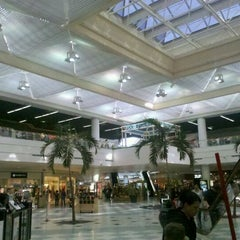 Photo taken at Lynnhaven Mall by Ronnie C. on 1/7/2012
