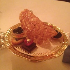 Photo taken at Le Louis XV - Alain Ducasse by Jiri Karel B. on 9/10/2012