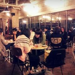 Photo taken at 아모카 (CAFÉ  AMOKKA) by Haeyeon L. on 9/30/2011