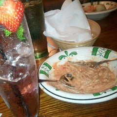 Photo taken at Olive Garden by E V. on 8/22/2012
