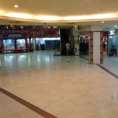 Photo taken at Palangkaraya Mall (PALMA) by Indro A. on 6/4/2012