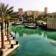 Photo taken at Madinat Jumeirah مدينة جميرا by Brad M. on 3/17/2012