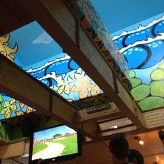 Photo taken at Mama Kwan's Tiki Bar & Grill by Jonathan F. on 8/11/2012