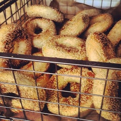 Photo taken at Beauty's Bagel Shop by Urban S. on 9/2/2012
