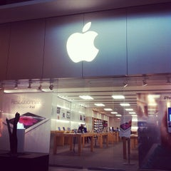 Photo taken at Apple Store, Carrefour Laval by David B. on 3/24/2012
