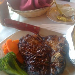 Photo taken at Select Cut Steak House by LACEY S. on 3/17/2012