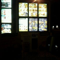 Photo taken at Taco Bell by iGary &. on 6/5/2012